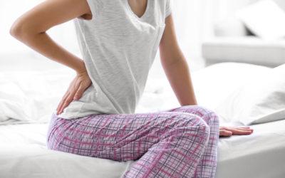 Si quieres prevenir los dolores de espalda… ¡No saltes de la cama!