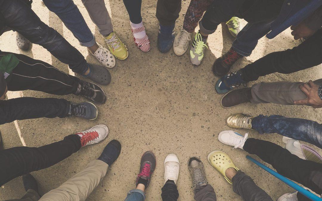 Zapatos, tacones, zapatillas y dolor de espalda