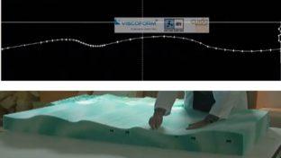 Diseño CAD del perfil personalizado en un colchón viscoform y bloque de espuma con el perfil recortado